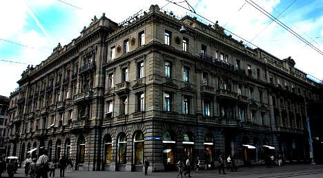 Credit Suisse to cut 4% of staff worldwide