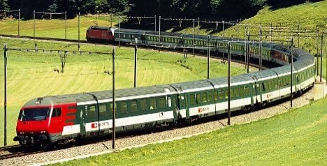 Seat squatters on Swiss trains will face fines