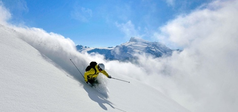 Skiers trigger avalanches at Titlis and Verbier