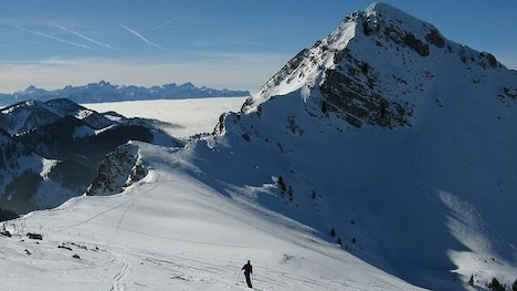 Mountaineering skier dies in Fribourg Alps