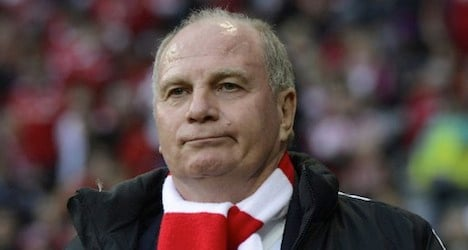 Football boss 'arrested' over Swiss account