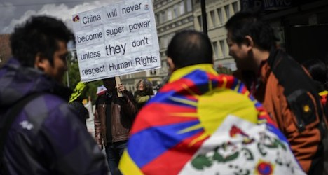 Tibetan exiles berate Chinese rights record