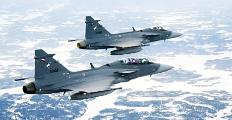 May referendum looms on Gripen plane deal