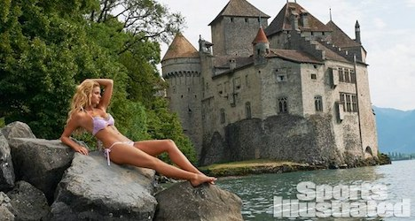 SI swimsuit models vie with Swiss scenery