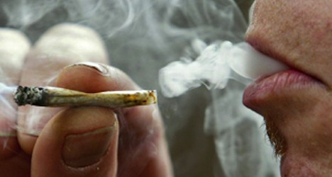Major Swiss cities set to back 'cannabis clubs'