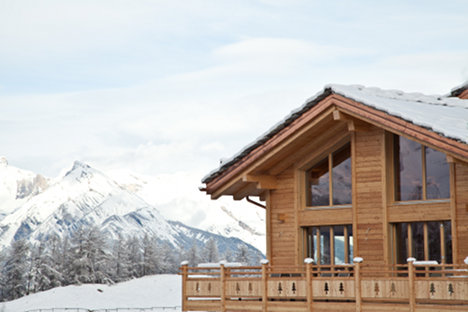 How to summer holiday up a Swiss mountain