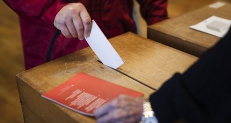 Voters expected to reject minimum wage bid