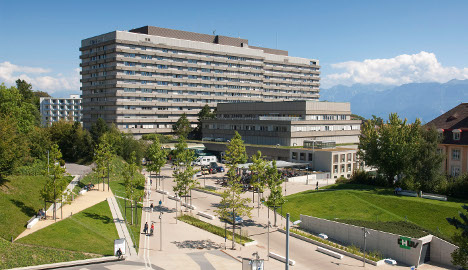 Lausanne hospital plans baby-tagging project