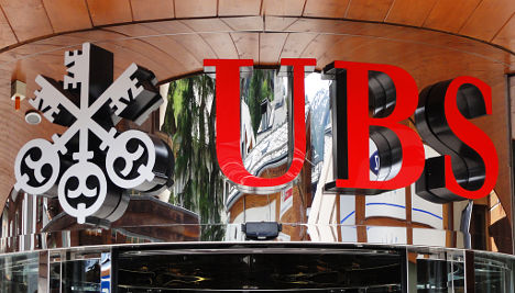 UBS offers share swap for new holding company