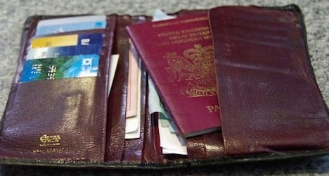 Englishman's lost wallet retrieved – 18 years later