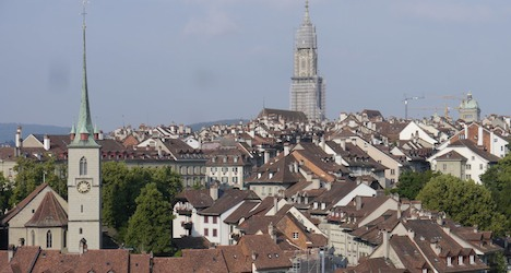 Bern cathedral set to lose tower scaffolding