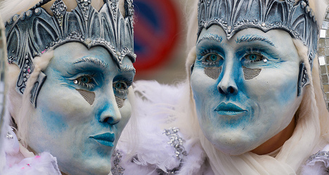 Swiss carnivals play out to large crowds
