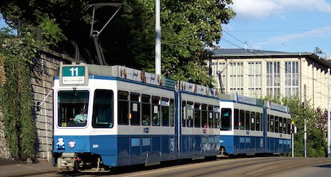Woman dies after fall from Zurich streetcar