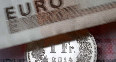 Strong franc hammers Swiss economy in Q1