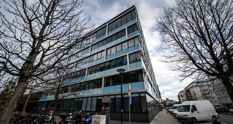 Genevans approve using offices for apartments