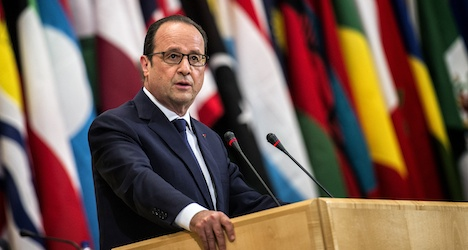 Hollande appeals in Geneva for climate action