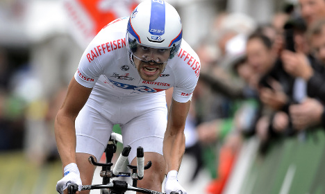 Frenchman Pinot stays in Tour de Suisse lead