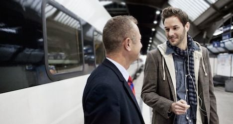 Briton held for knocking out train official's teeth