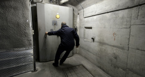Swiss bunkers 'could house 50,000 refugees'