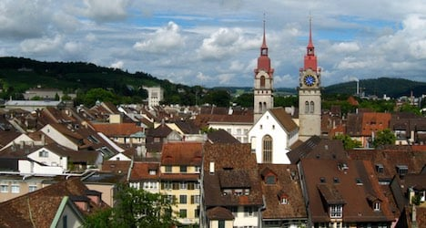 Imam at Swiss mosque denies Isis links