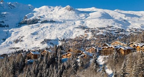 Luxury Swiss chalets lose out to French ones