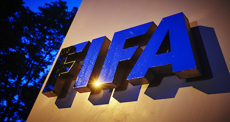 Committee backs term limits for Fifa presidents