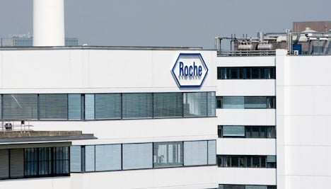 Roche profits fall due to strong Swiss franc