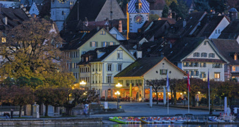 Zug: rich expats must learn local language