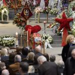 Lausanne cathedral packed for top chef's funeral