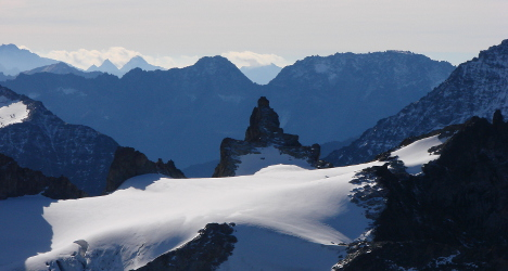 Backcountry skiers die in weekend avalanches