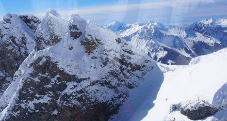 French ski instructor and client die in Swiss fall