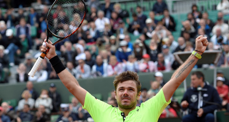 Stan the man survives first round scare