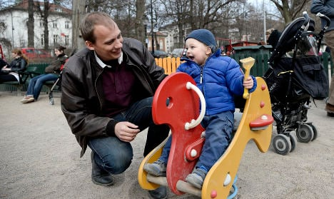 Swiss canton boosts paternity leave to 5 days