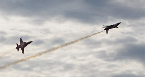 Swiss jet crashes in training exercise at Dutch air show