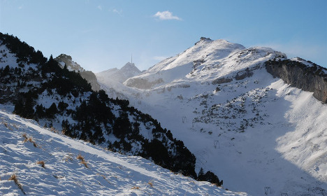Five injured in Swiss Alps avalanche