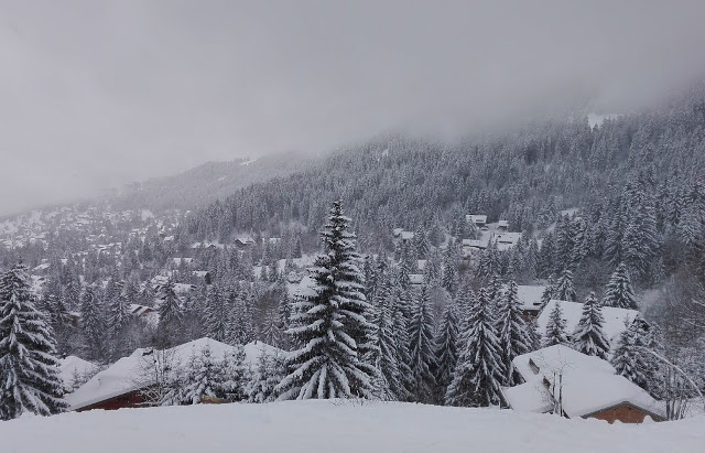 In pictures: heavy snow (finally!) comes to Switzerland