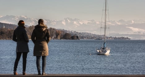 Survey: Swiss are optimistic for 2017