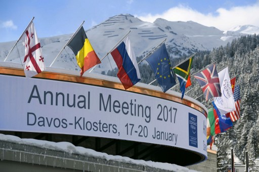 Davos: Plastic companies devise plan to reduce pollution