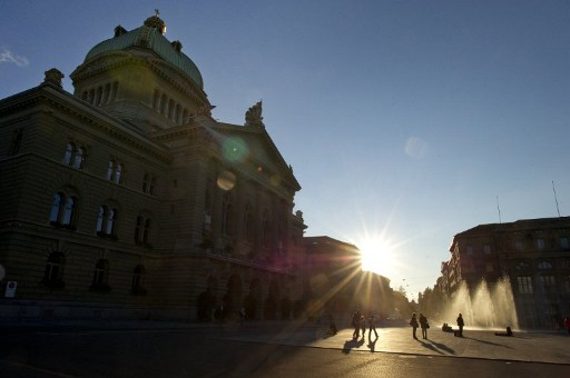 Hundreds of pacifists march in Bern