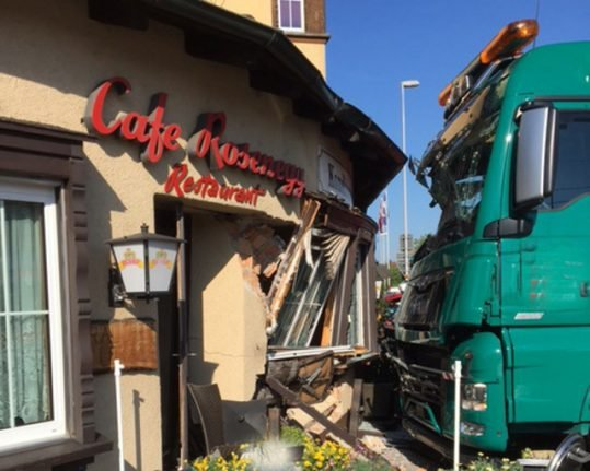 Customers escape unscathed after lorry crashes into Swiss cafe