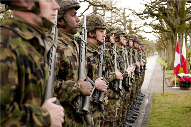 Swiss government rejects call to ban vegans from military service