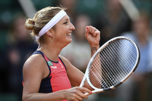 Swiss Bacsinszky gives herself birthday treat by reaching French Open semifinal