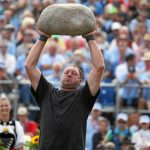 Stone throwing is another highlight of the festival.Photo: Photo: Andy Mettler/Swiss-image.ch