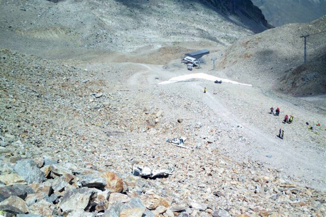 Two teenagers and pilot dead in Swiss plane crash