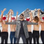 Tourists bare all for Top of Europe photos