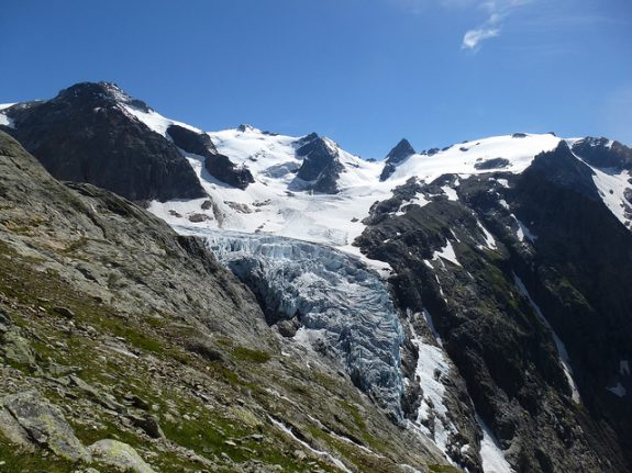 Radar that predicted Trift glacier collapse was installed just days earlier