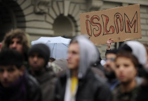 Swiss parliament in favour of tightening rules for mosques and imams
