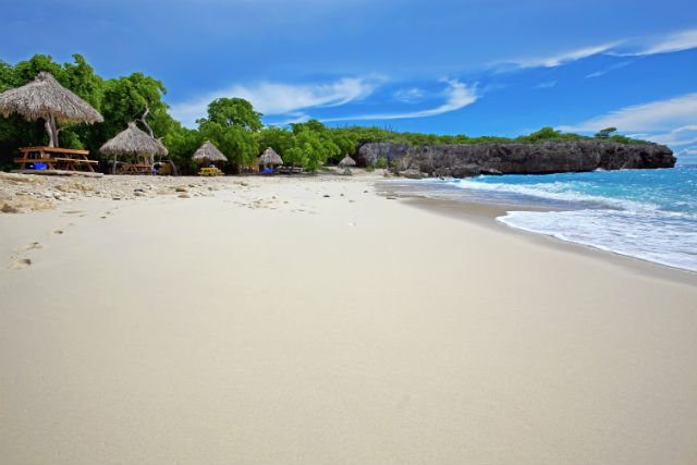 Upscale your coding skills in the Caribbean this winter