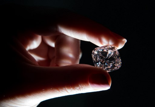 Diamond once set in crowns of French kings to be auctioned in Geneva