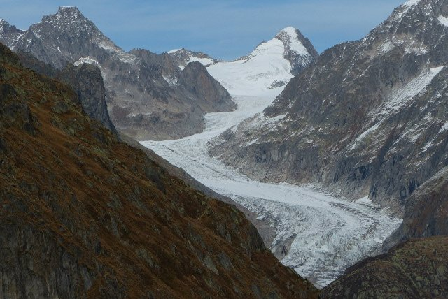 Survey: Swiss believe in man-made climate change but most do little to help combat it